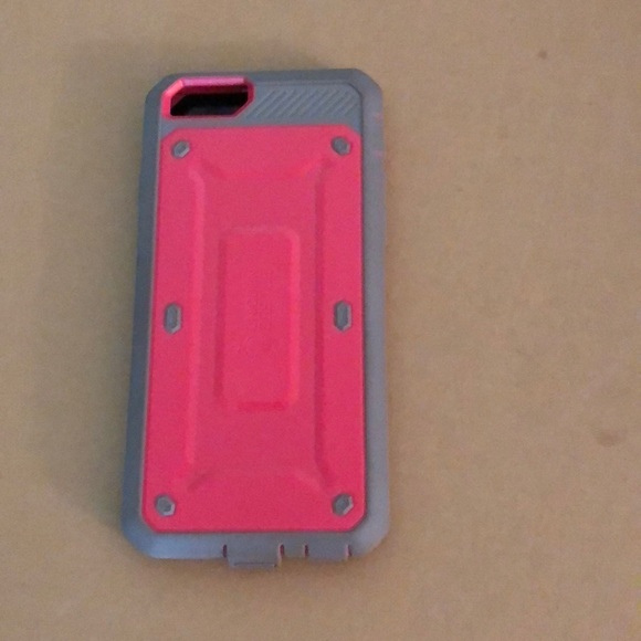 Used Unicorn case & screen protector